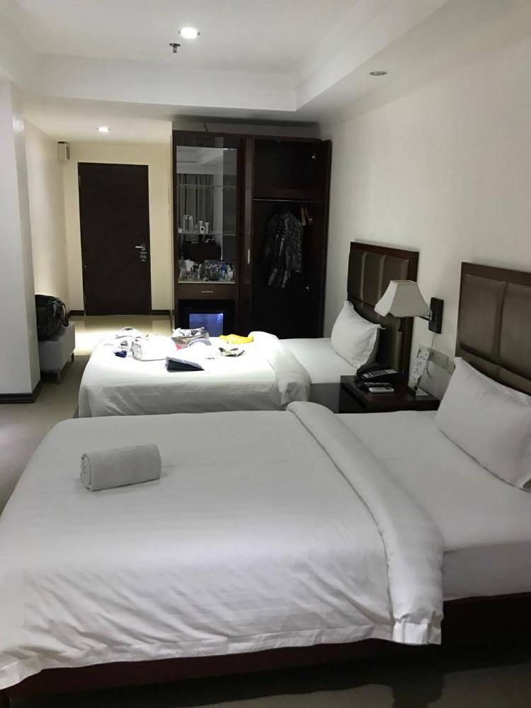 BIGホテルの部屋